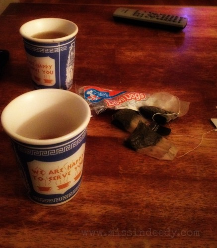 tea_and_devil_dogs_missindeedy